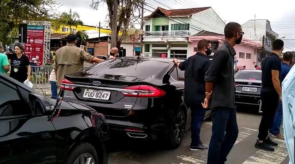 Bolsonaro deixou Eldorado por volta das 11h30 — Foto: Dione Aguiar/G1