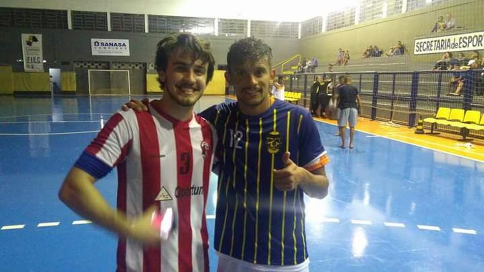 Gustavo Scarpa em jogo de futsal (Foto: Bruno Mendes/ Assessoria de Imprensa de Bragança Paulista)