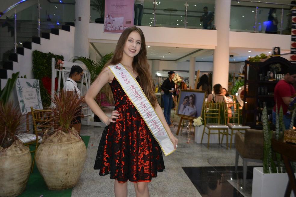 Misses de Rondônia marcaram presença no pimeiro dia de evento (Foto: Lívia Costa/GE)