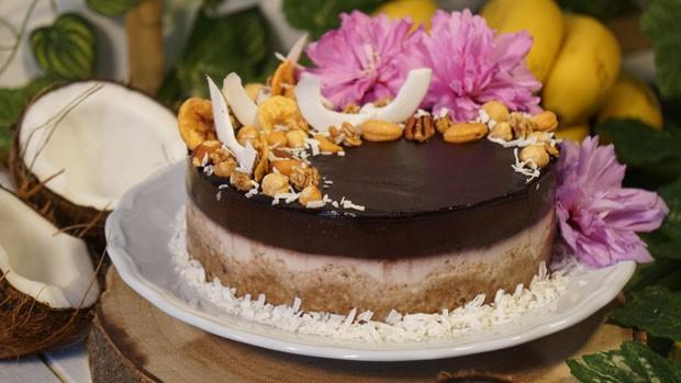 Aprenda a fazer cheesecake de açaí (Foto: Divulgação)