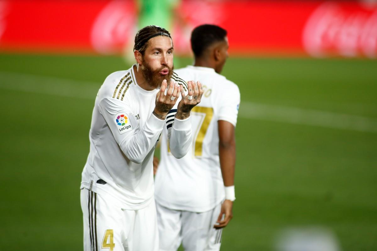 Maior zagueiro artilheiro da liga, Sergio Ramos comemora 450 jogos pelo Real Madrid no Espanhol – globoesporte.com