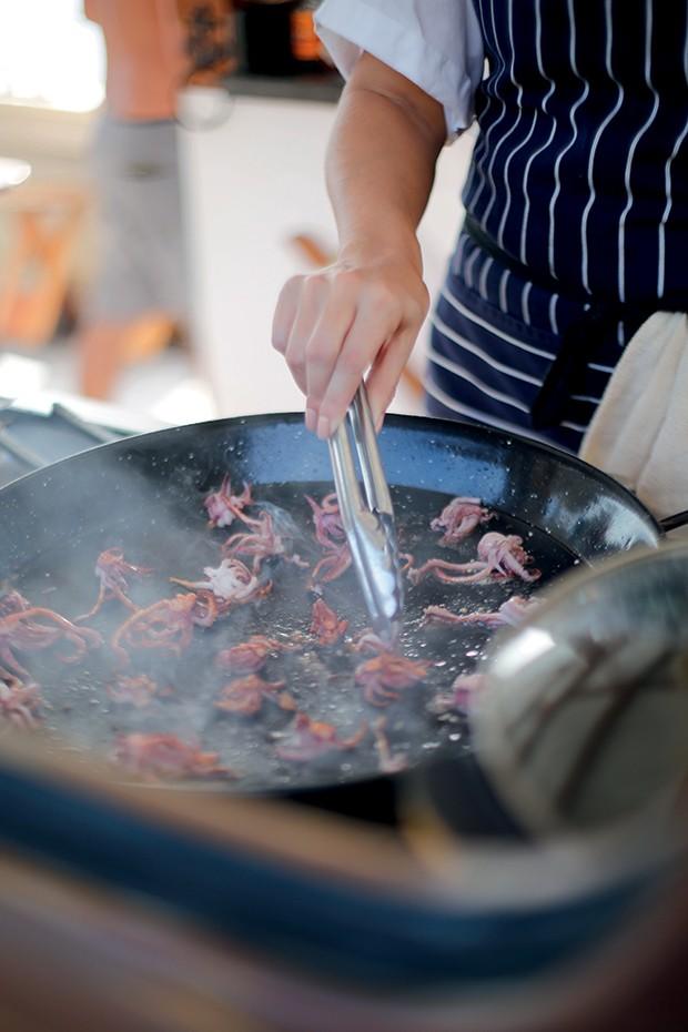 Lifestyle Paraty - A cozinha ao vivo do Sem Pressa (Foto: Rogério Voltan)