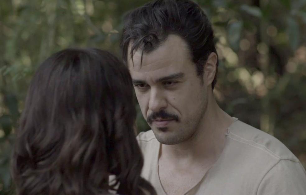 Olegário não é bobo e consegue recapturar Susana (Foto: TV Globo)
