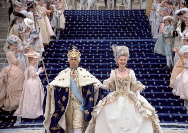 Kirsten Dunst como Maria Antonieta em filme de Sofia Coppola de 2006 (Foto: Reprodução)