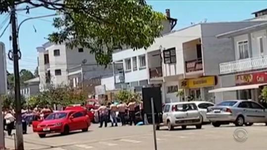 Seis suspeitos de ataque a bancos em Ibiraiaras são mortos em confronto com a polícia