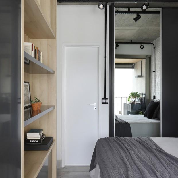 Conforto e estilo industrial em 44 m² (Foto: Fotos Mariana Orsi)