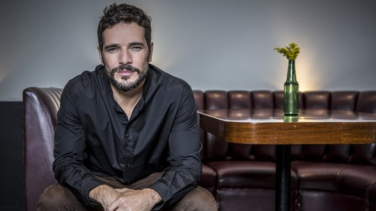 Daniel de Oliveira lança filme e diz que prefere evitar redes sociais: 'Estou fora'