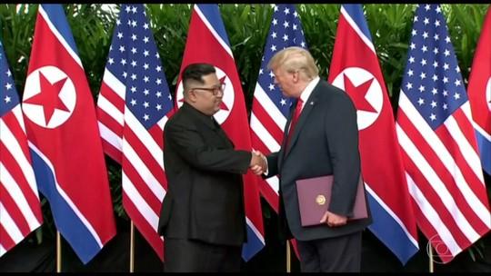 Kim Jong-un se compromete com o fim das armas nucleares em encontro com Trump em Singapura