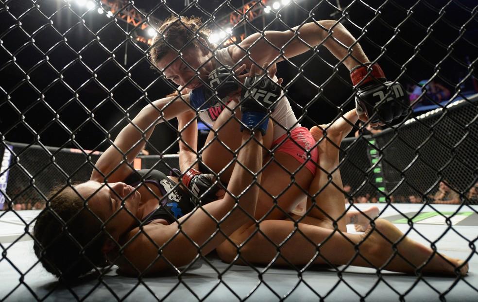 Amanda Nunes foi derrotada por Cat Zingano no UFC 178, em 2014 — Foto: Getty Images