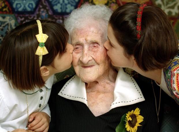 Estudo confirma recorde de longevidade da francesa Jeanne Calment, que morreu aos 122 anos