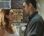 Isis Valverde e Juliano Cazarré são Betina e Magno em 'Amor de mãe' | Reprodução