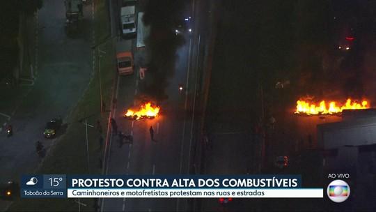 Protesto de caminhoneiros contra preço do diesel fecha Régis Bittencourt