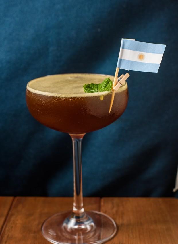 Drinque da Argentina, do Benzina Bar (Foto: Lucas Terribili/Divulgação)
