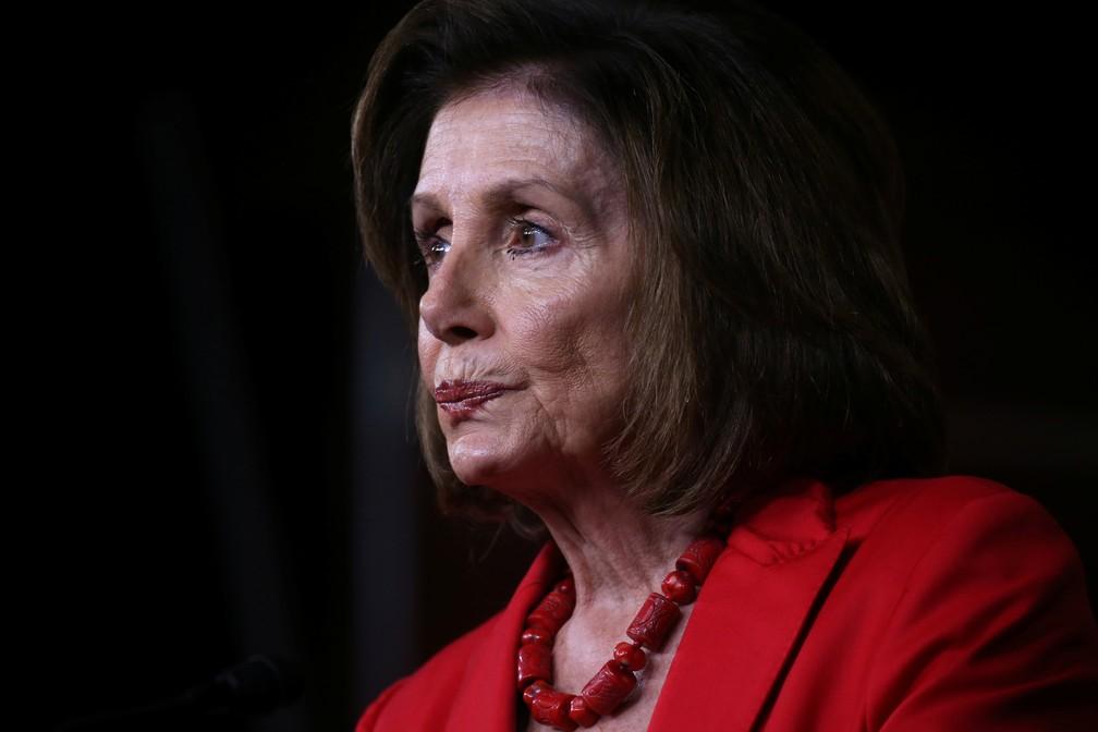 Nancy Pelosi, presidente da Câmara dos EUA, durante entrevista no Congresso norte-americano — Foto: Leah Millis/Reuters
