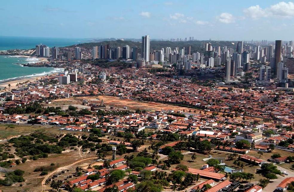 Foto aérea mostra parte da zona Leste de Natal (Foto: Canindé Soares)