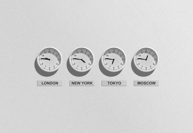 relógio, tempo, fuso horário (Foto: Pexels)