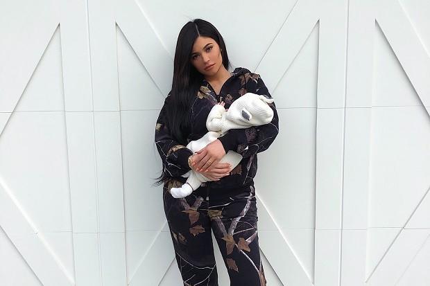 Kylie Jenner e a filha Stormi (Foto: Reprodução/Instagram)