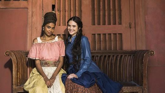 Juliana Paiva e Aline Dias comemoram reencontro na TV e comentam amizade de Marocas e Damásia