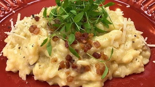 Confira 6 receitas fáceis de risoto para um jantar romântico
