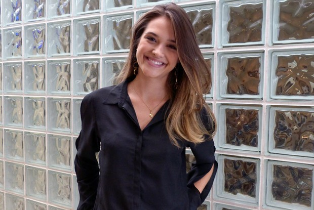 Juliana Paiva apareceu linda e bela para participar do Encontro (Foto: Encontro com Fátima Bernardes/TV Globo)