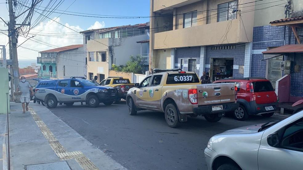 Operação foi deflagrada nas primeiras horas desta quarta-feira — Foto: Giana Mattiazzi/TV Bahia