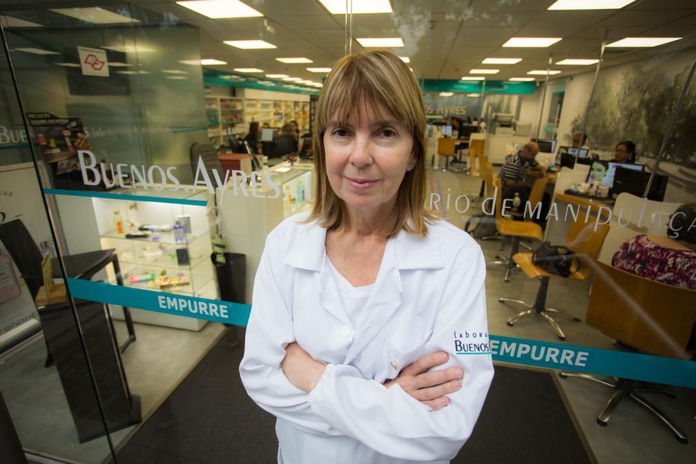 Marisa Marques, dona da Farmácia Buenos Aires, que tem 5% do quadro de pessoas acima de 60 anos. — Foto: Fabio Tito/G1