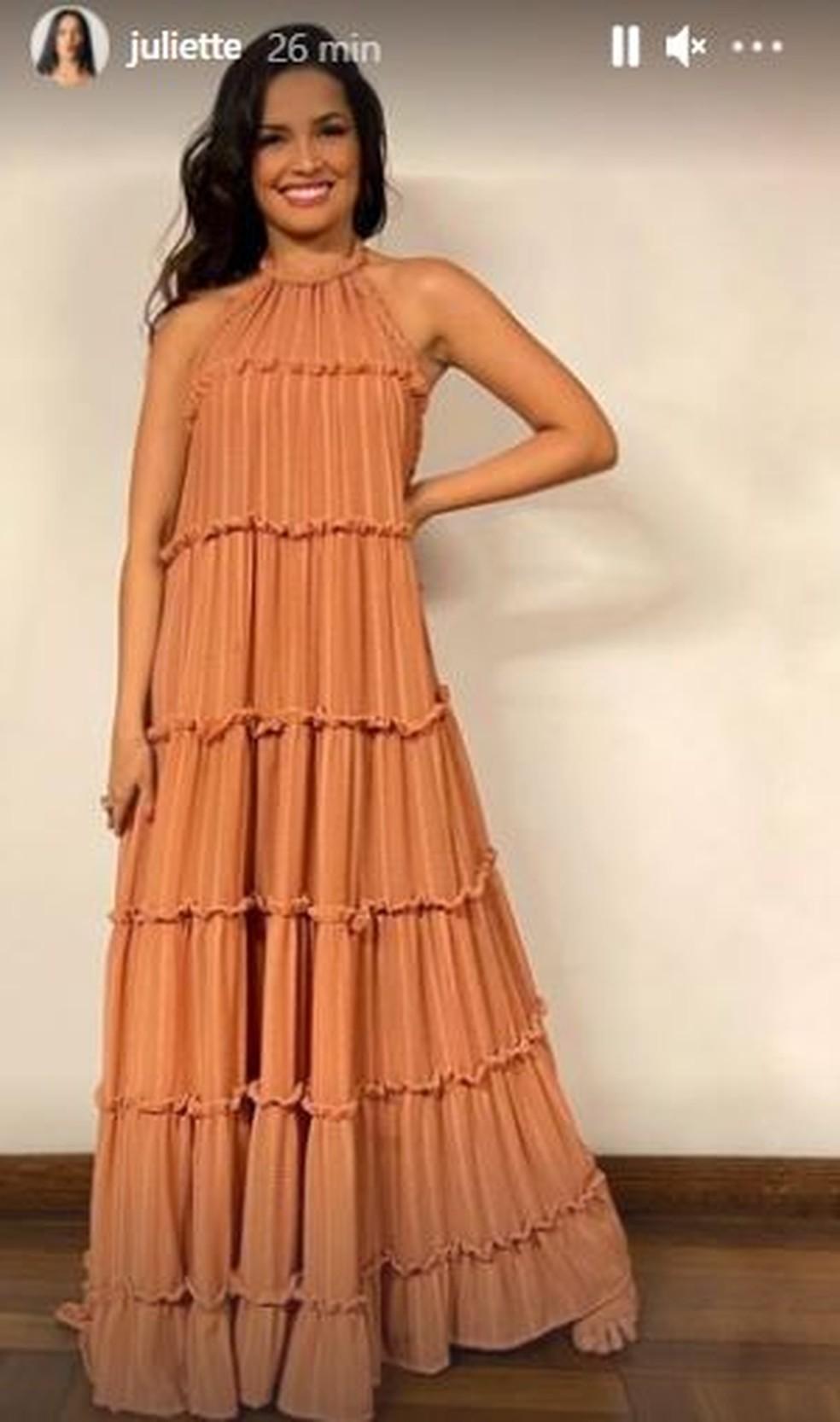Juliette usou um vestido longo na live com Gilberto Gil — Foto: Reprodução/Instagram