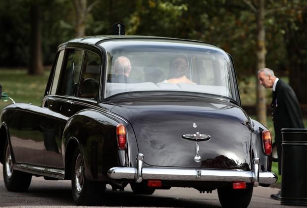 Chegada da noiva a castelo (Foto: Getty Images)