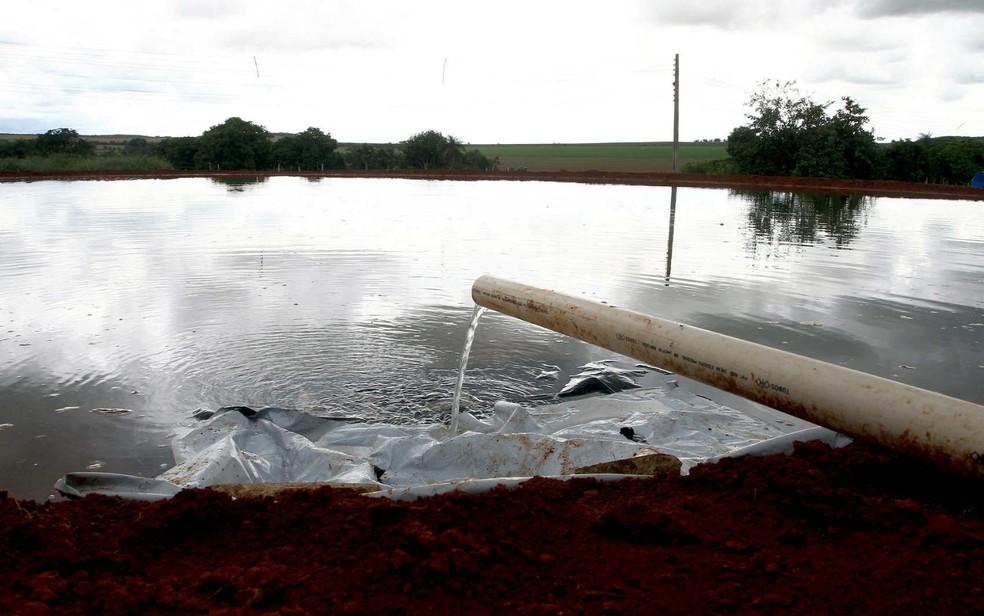 Captação de água no Núcleo Rural Rio Preto, em Planaltina (DF) — Foto: Gabriel Jabur/Agência Brasília