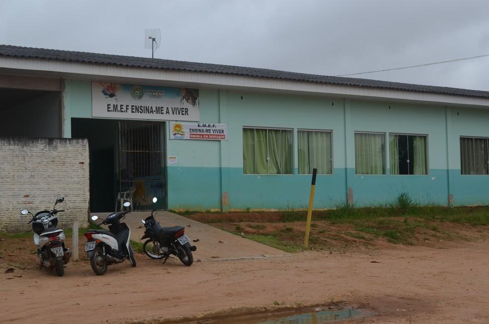 -  Aulas estavam previstas para começar nesta quarta-feira, 14  Foto: Eliete Marques/G1