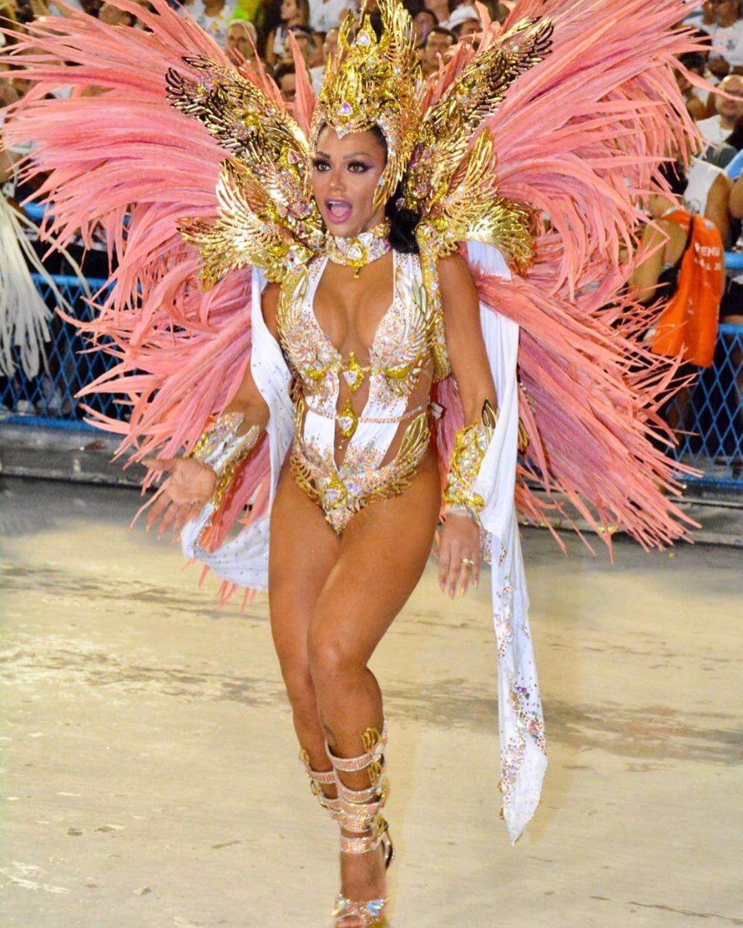 Modelo Ana Paula Evangelista é musa do Carnaval - Foto: Reprodução.