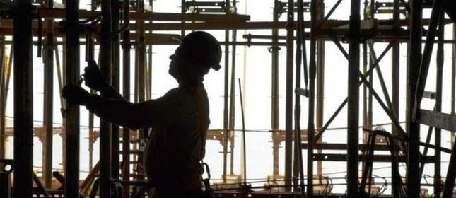 Na construção civil, 0,77% das vagas formais foram fechadas