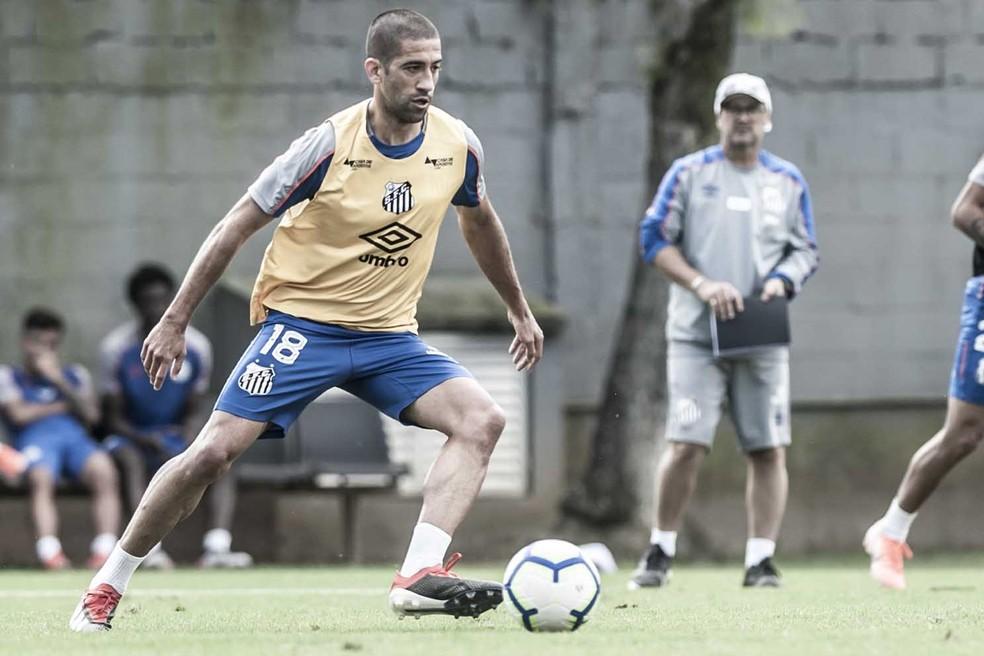 Evandro treina no Santos — Foto: Ivan Storti/Santos FC