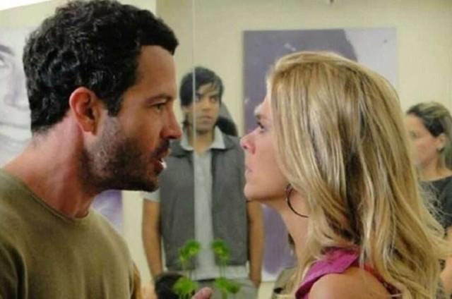Malvino Salvador (Quinzé) e Carolina Dieckmann (Teodora) em cena de 'Fina estampa' (Foto: Reprodução)
