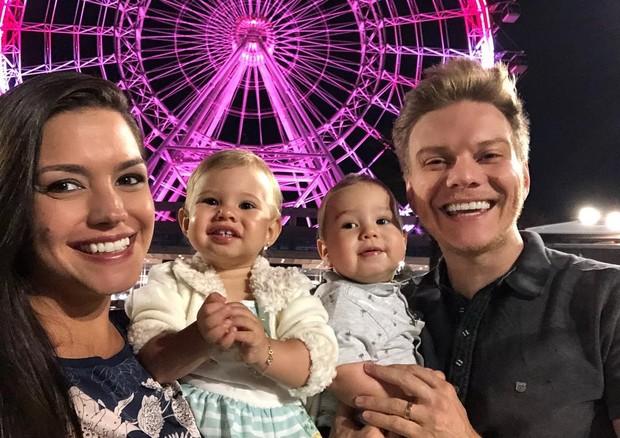 Álbum de fotos: a viagem de Michel Teló, Thais Fersoza e os filhos para a Disney (Foto: Reprodução/Instagram)