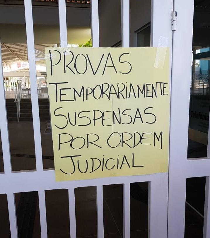 Candidatos descobrem suspensão de processo seletivo para hospital do Cariri, no Ceará, ao chegar em local de prova