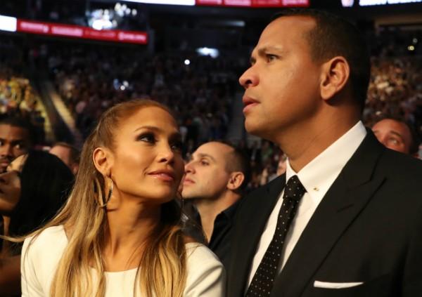 A cantora Jennifer Lopez com seu marido, o jogador de beisebol Alex Rodriguez (Foto: Getty Images)
