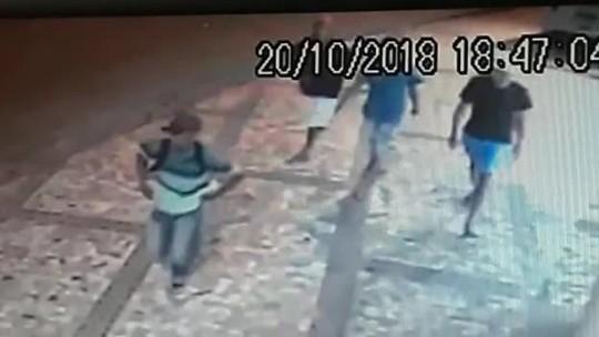 Corpo de adolescente morta com tiro na cabeça é sepultado em Maceió