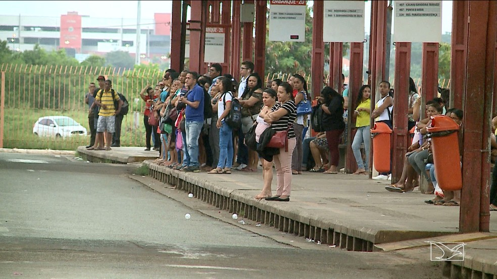 90% da frota de ônibus no transporte público circulou em São Luís nesta segunda (28), segundo a SET. (Foto: Reprodução/TV Mirante)
