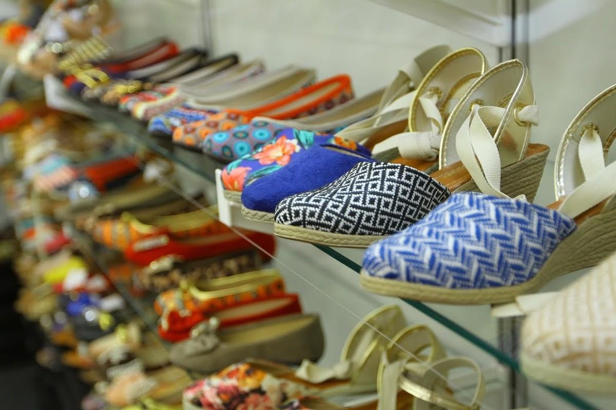 22ª Feira Calçados Brasil é realizada em centro de compras de Caruaru