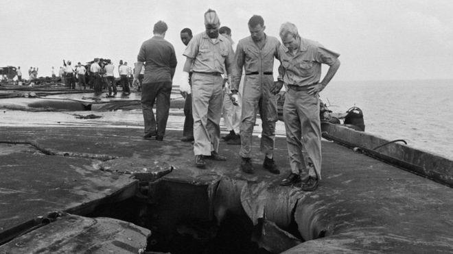John McCain ganhou fama de rebelde quando esteve na Academia Naval dos Estados Unidos e não teve um bom desempenho na época (Foto: Getty Images)
