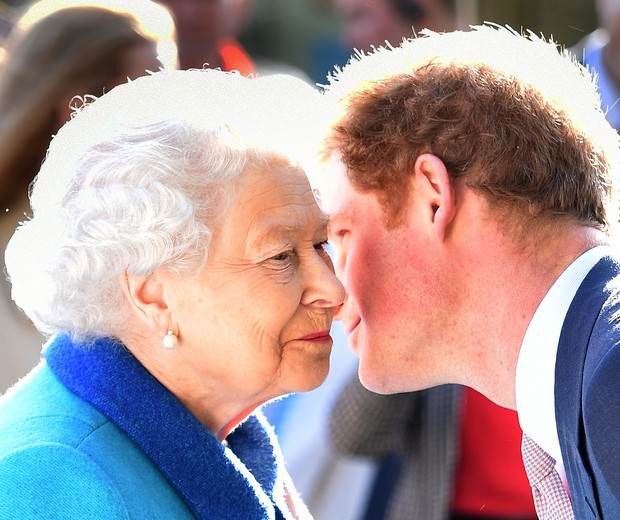Rainha Elizabeth II e Príncipe Harry (Foto: Getty)