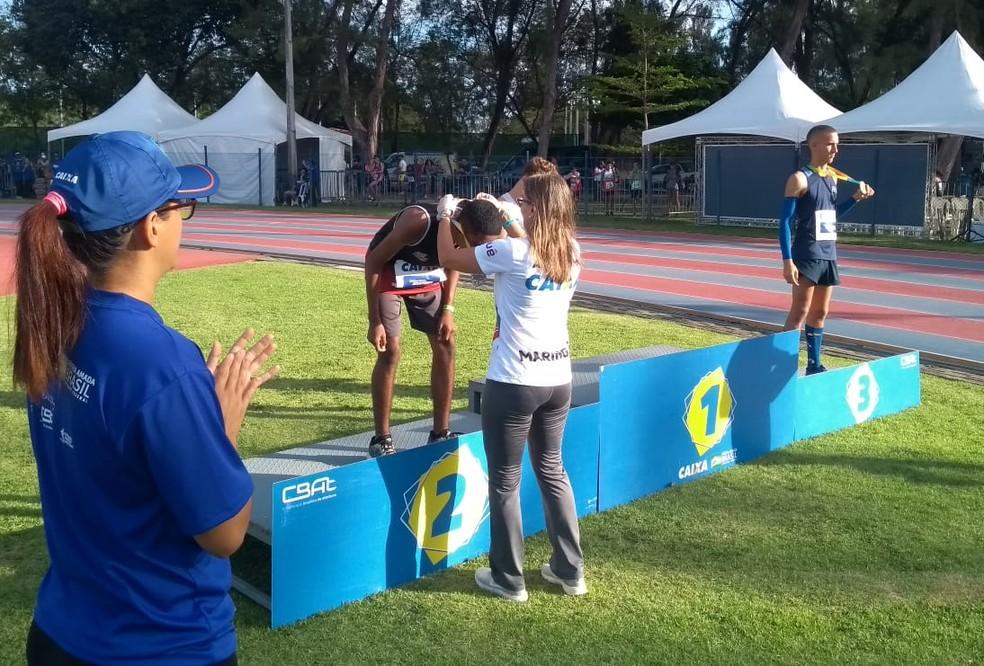 Eron ficou com a medalha de prata — Foto: Cremilson Julião Rodrigues / Cedida