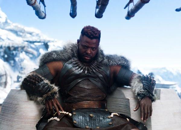 O ator Winston Duke em cena de Pantera Negra (2018) (Foto: Reprodução)