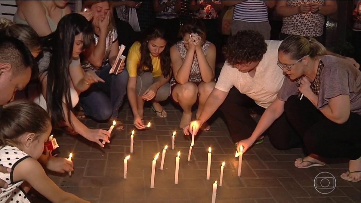Pai de estudante morto a tiros em escola de Goiânia faz apelo para que pais 'cuidem dos filhos'