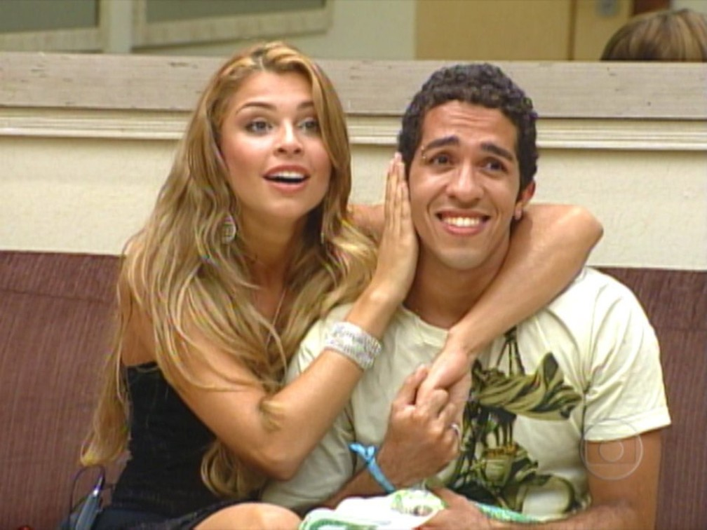 Jean Wyllys e Grazi Massafera durante a final do 'BBB 5' — Foto: TV Globo