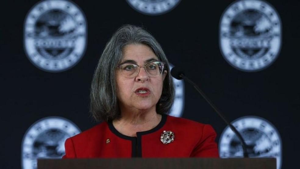 Prefeita de Miami-Dade, Daniella Levine Cava, ordenou uma inspeção em todos edifícios com mais de 40 anos — Foto: Getty Images via BBC