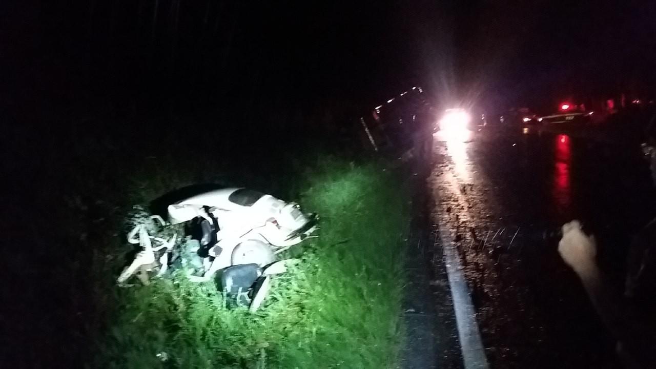Cinco pessoas morrem em acidentes nas estradas federais do Paraná durante feriadão de 12 de outubro - Radio Evangelho Gospel