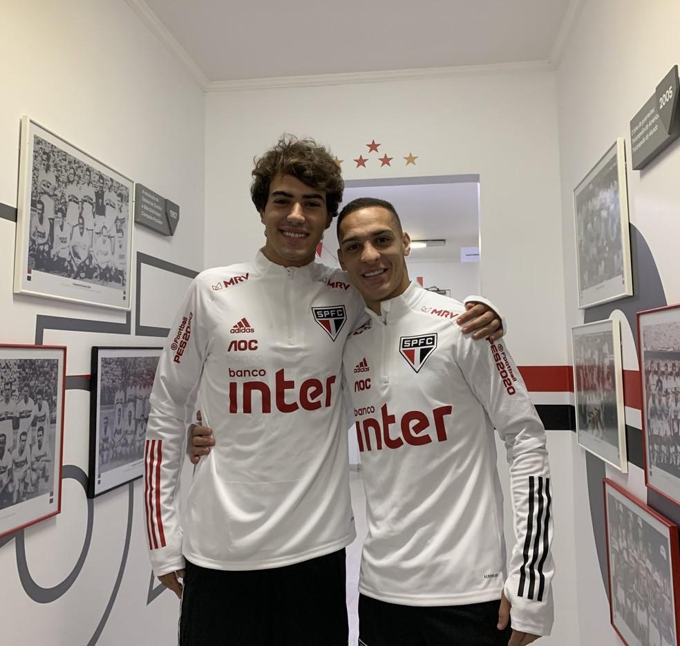 Igor Gomes e Antony de volta ao São Paulo — Foto: Erico Leonan / saopaulofc.net