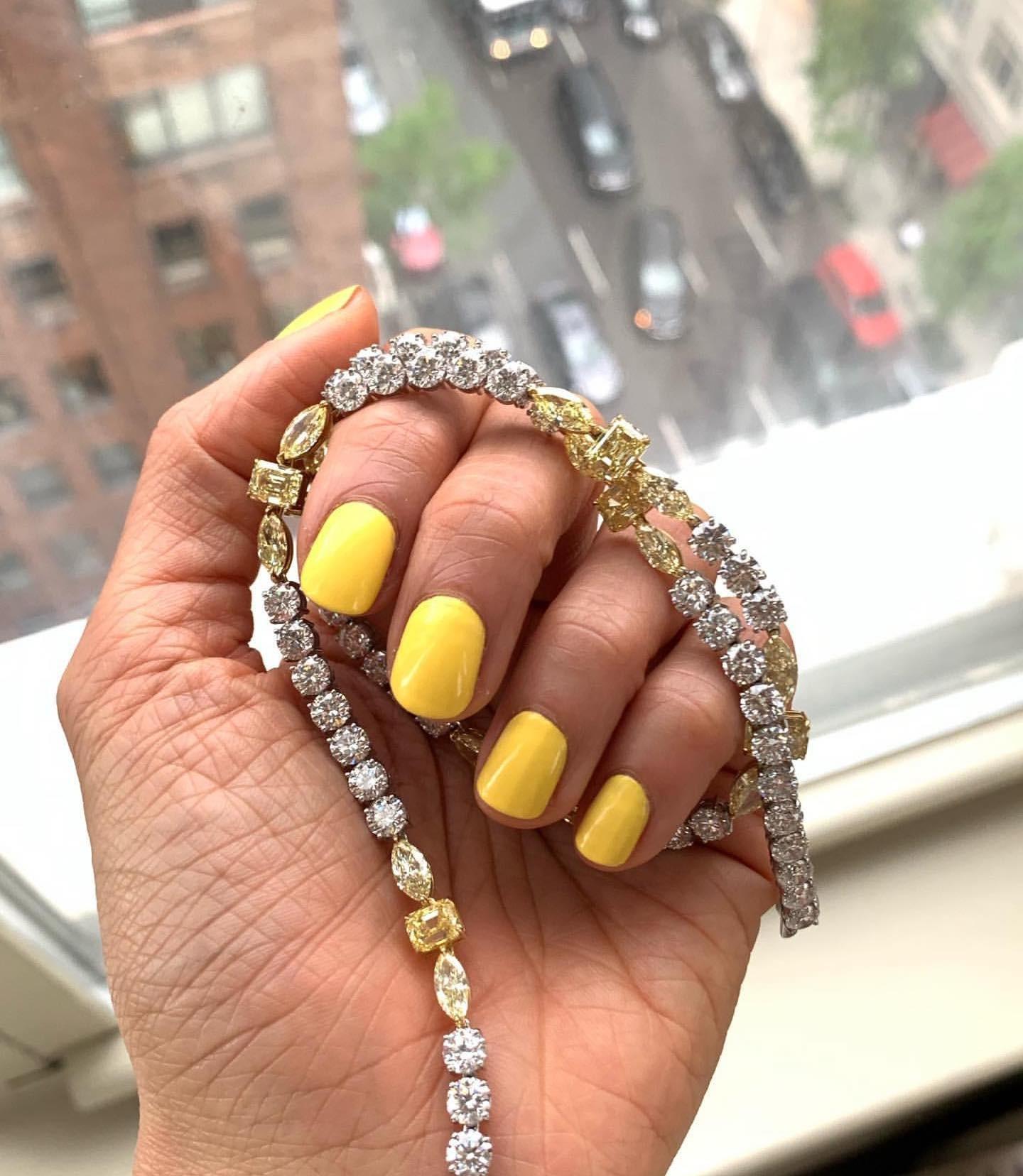 As unhas de Eva Chen (Foto: Instagram/ Reprodução)